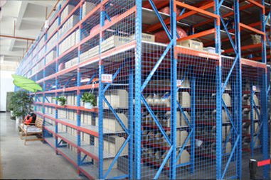 Название: warehouse_01.jpg Просмотров: 260  Размер: 61.0 Кб